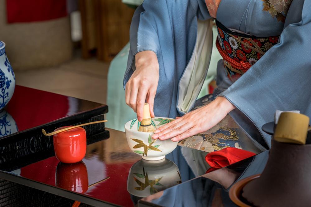 Assister à une cérémonie du thé au Japon